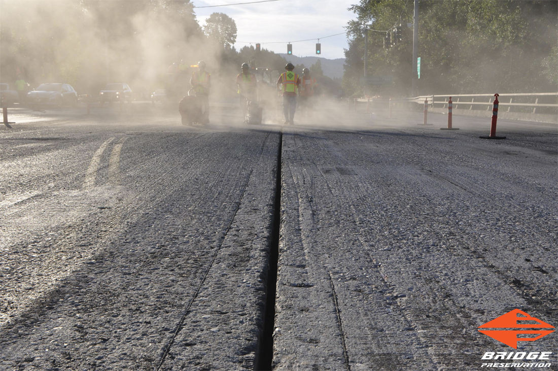 spray applied highway expansion joint